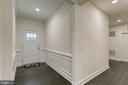 Large entryway - 103 OLD OAKS CT, STAFFORD