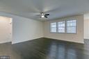 Open family room - 103 OLD OAKS CT, STAFFORD