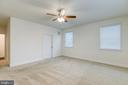 Large master - 103 OLD OAKS CT, STAFFORD