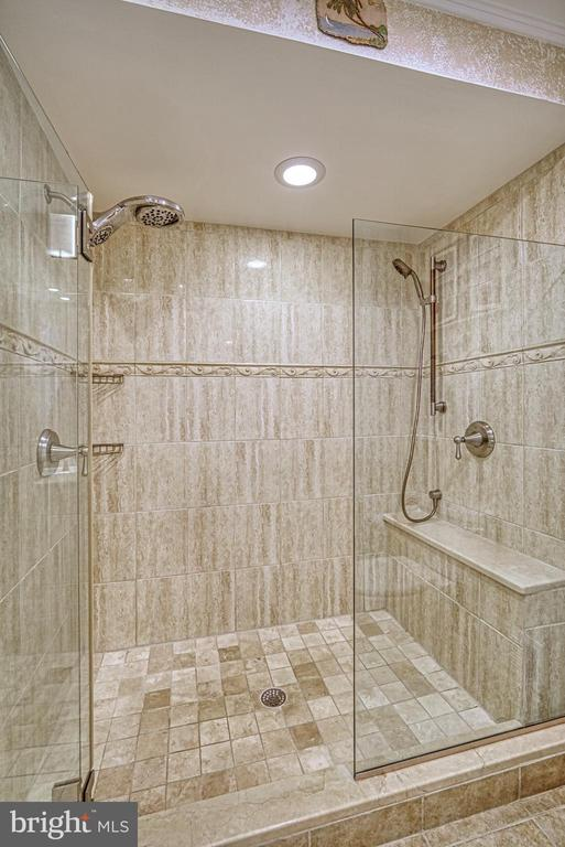 Primary Bath Luxury Shower - 10161 TURNBERRY PL, OAKTON