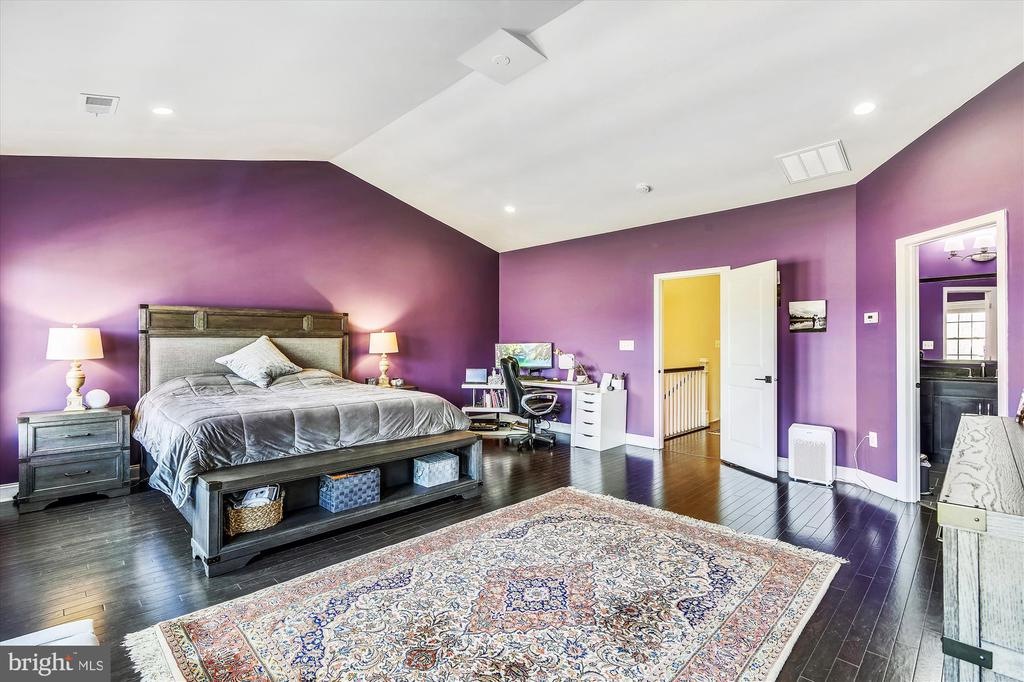 Primary Bedroom - 43111 CLARENDON SQ, ASHBURN
