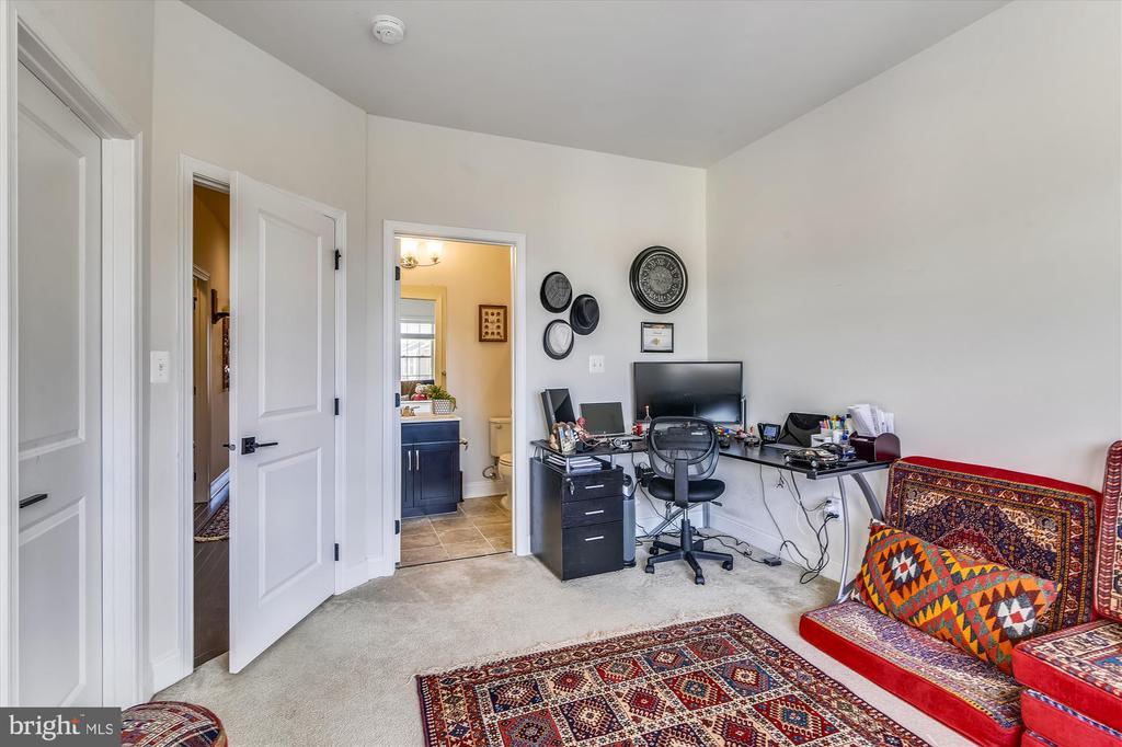 Bedroom 2/Office - 43111 CLARENDON SQ, ASHBURN