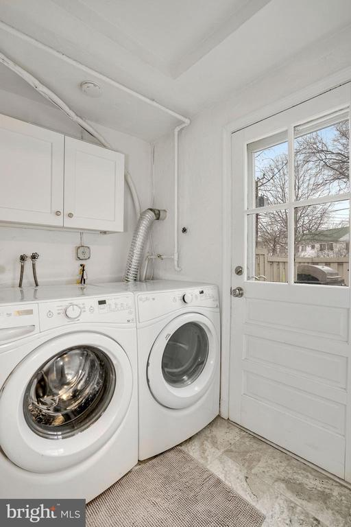 Laundry Room - Full Size Washer & Dryer! - 3833 JAY AVE, ALEXANDRIA