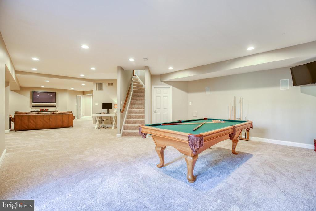 Enormous recreation room - 43094 ROCKY RIDGE CT, LEESBURG