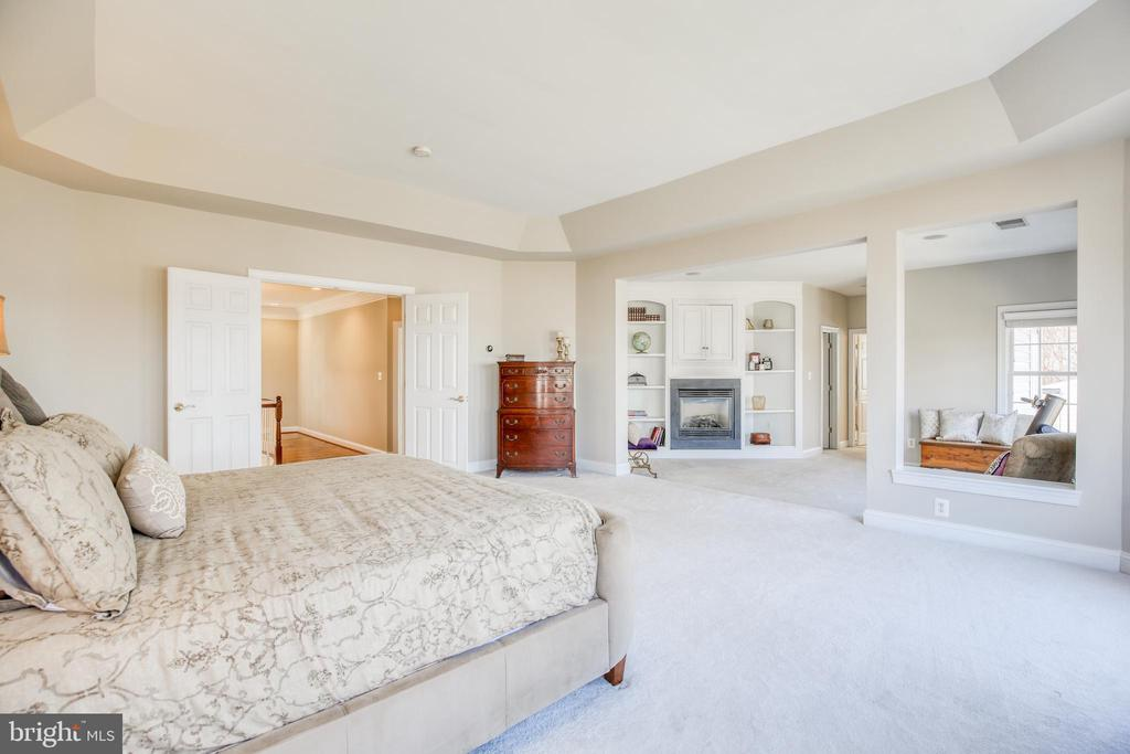 Peaceful master bedroom oasis - 43094 ROCKY RIDGE CT, LEESBURG