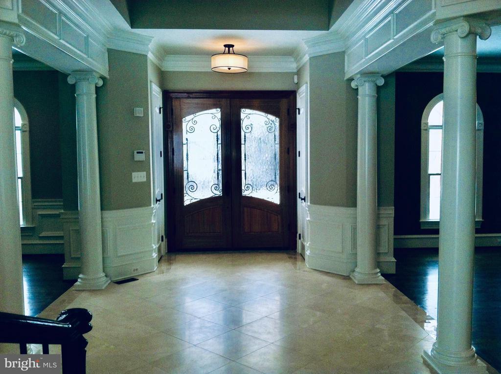 Elegant Entry with Marble Flooring. - 10603 VALE RD, OAKTON