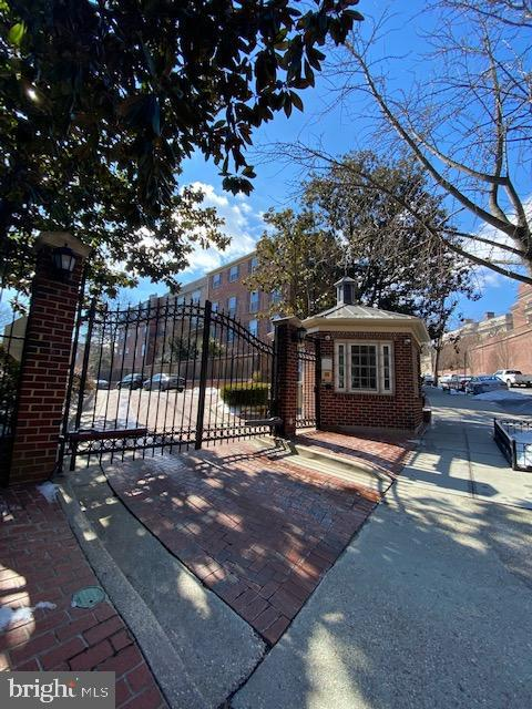 Beekman Place is a Gated Community - 1610 BELMONT ST NW #D, WASHINGTON