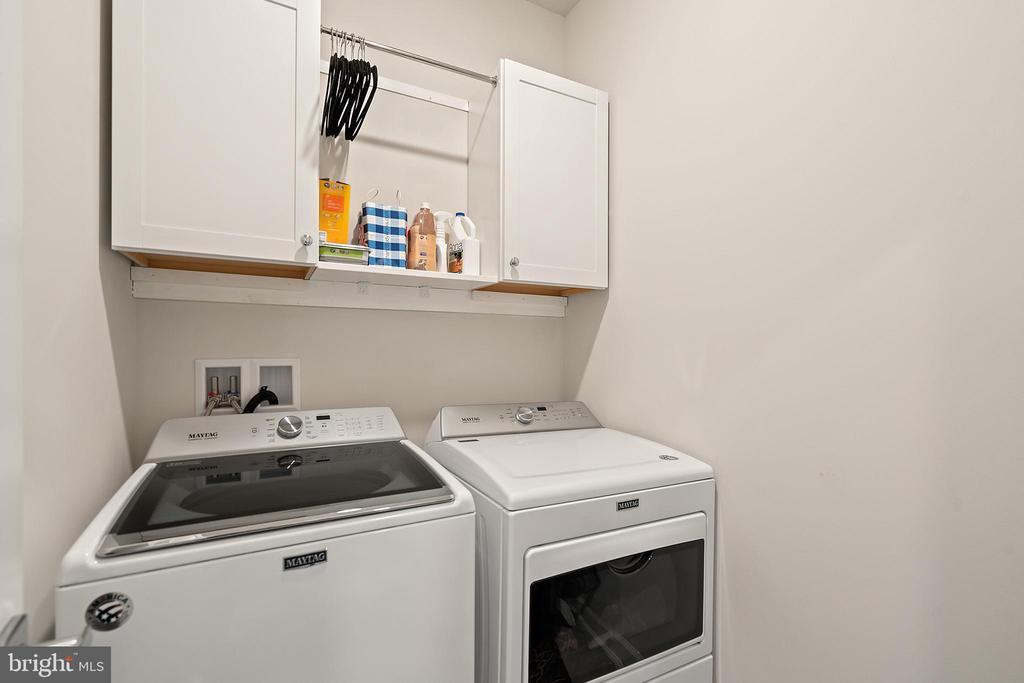 Upper Level Laundry Room - 1614 ROCKY SHALE TER SE, LEESBURG