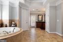 Master Separate Vanities - 6500 BRIARCROFT ST, CLIFTON