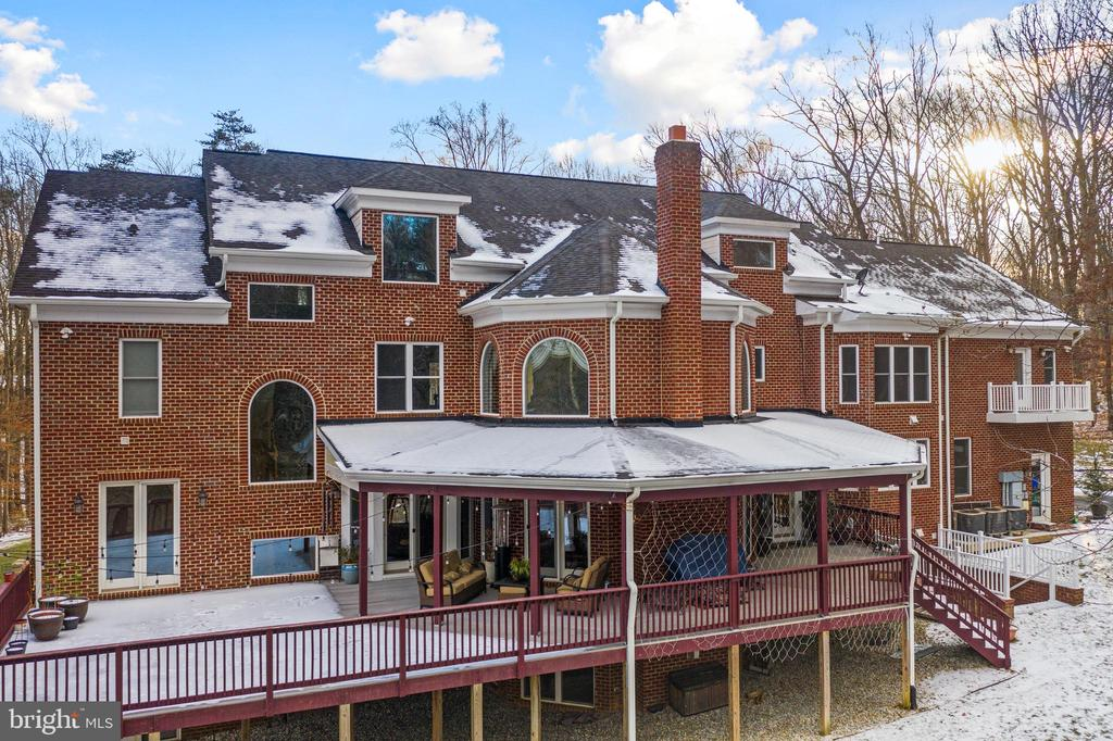 Covered Deck Perfect for Entertaining - 6500 BRIARCROFT ST, CLIFTON