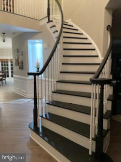 Beautiful front foyer with grand staircase - 12802 GLENDALE CT, FREDERICKSBURG