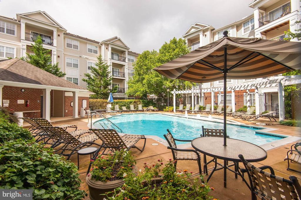 Clubhouse- pool is for BRYSON residents only - 12954 CENTRE PARK CIR #304, HERNDON