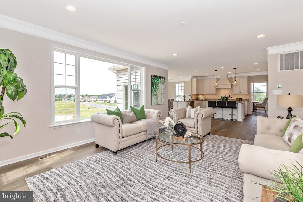Family Room with optional Picture Window - 6625 ACCIPITER DR, NEW MARKET