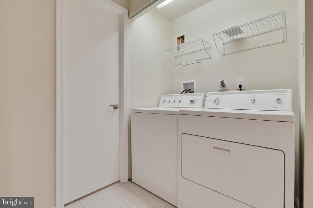 Laundry Room - 6625 BRIARLEIGH WAY, ALEXANDRIA