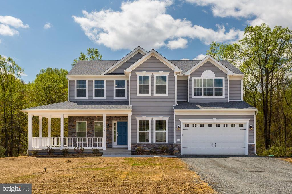 FALL 2021 DELIVERY - 2 OLDE STONE LN, LOVETTSVILLE