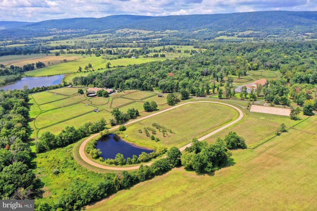 View of Exercise Track - 21281 BELLE GREY LN, UPPERVILLE