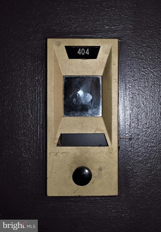Use Elevator to go down to Level 4 - 2030 N ADAMS ST #404, ARLINGTON