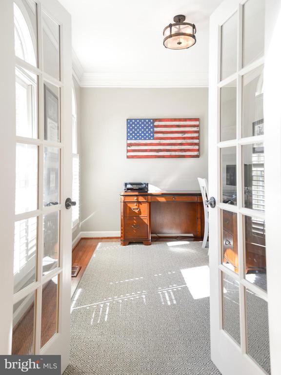 First floor office - 8910 DANVILLE TER, FREDERICK