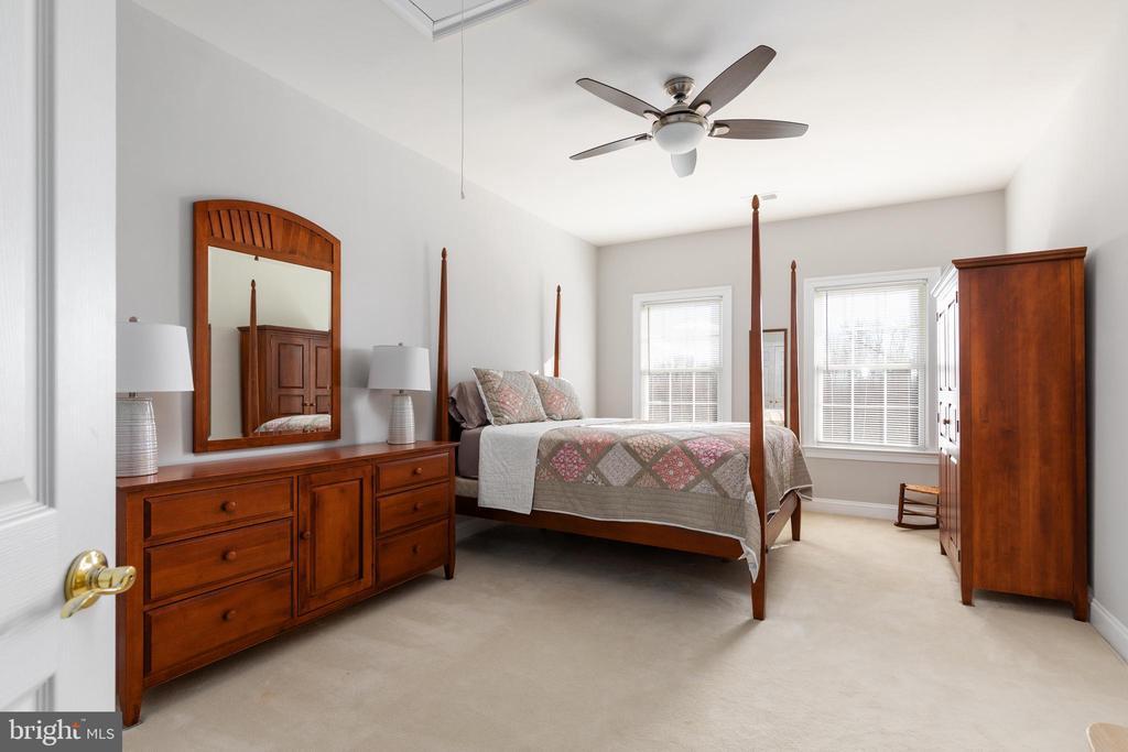 En Suite Bedroom - 42962 APPALOOSA TRAIL CT, CHANTILLY
