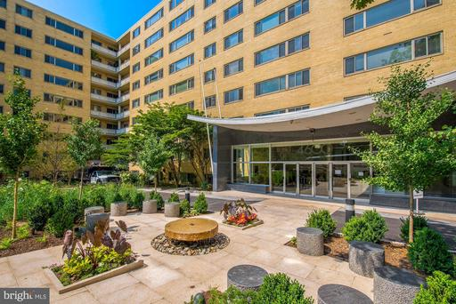 4600 CONNECTICUT AVE NW #218
