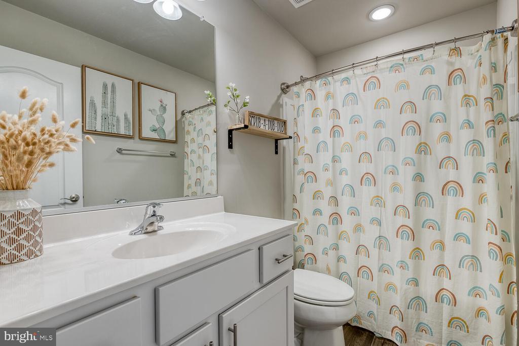 Guest Bathroom - 151 WOOD LANDING RD, FREDERICKSBURG