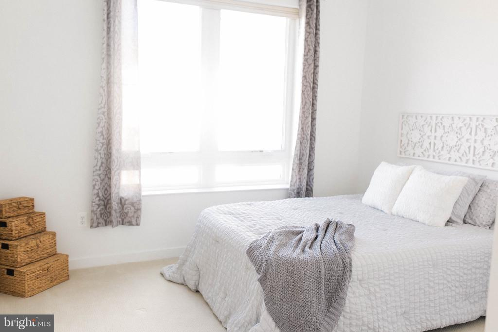 Secondary Bedroom - 9450 SILVER KING CT #203, FAIRFAX