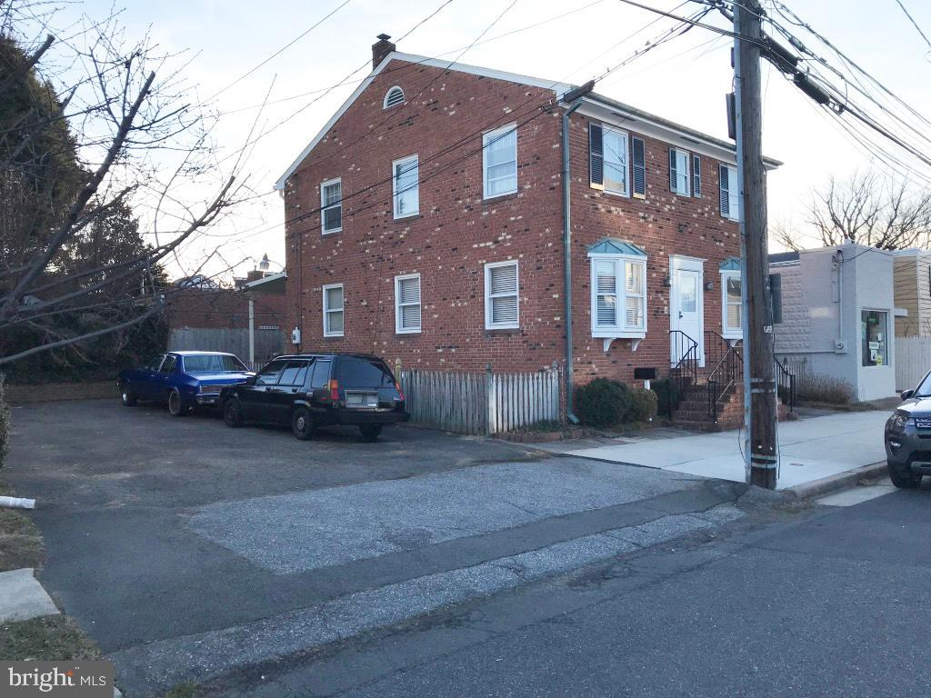 Commercial Property - 608 AND 610 GIBBON ST, ALEXANDRIA