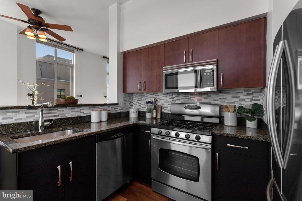 Kitchen - 1000 NEW JERSEY AVE SE #PH-19, WASHINGTON