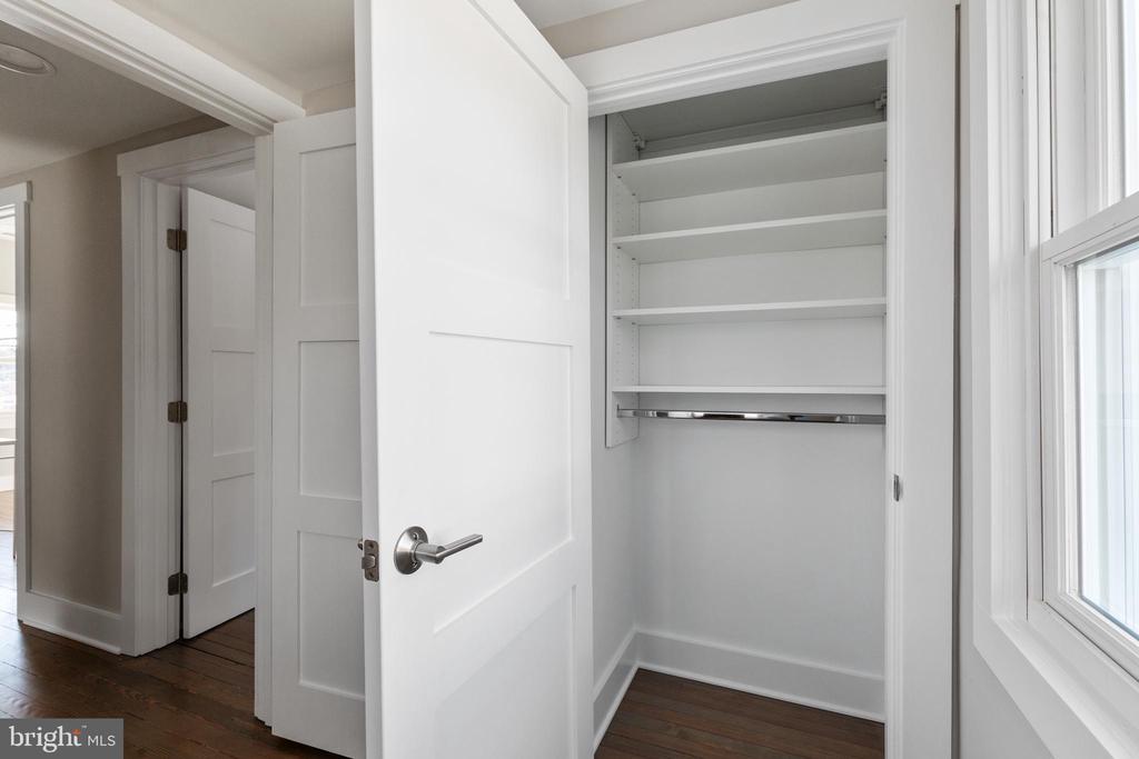 Bedroom #3 - 250 LOUDOUN ST SW, LEESBURG