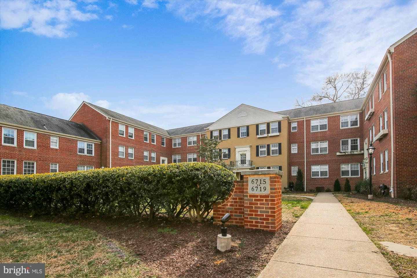 6719 WAKEFIELD DRIVE, ALEXANDRIA, Virginia 22307, 2 Bedrooms Bedrooms, ,1 BathroomBathrooms,Residential,For Sale,Belle View Condos,WAKEFIELD,2,VAFX1183900