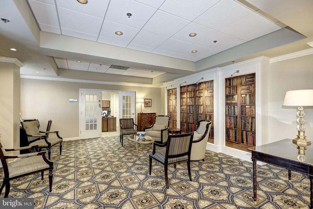 Potomac Ridge Building lobby - 19365 CYPRESS RIDGE TER #1007, LEESBURG