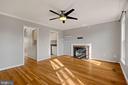 Fireplace and Hardwoods - 6703 WASHINGTON BLVD #F, ARLINGTON