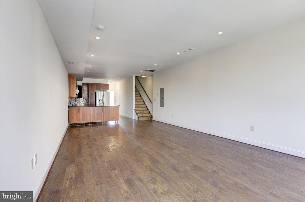 Open Living Area of Upper Bi-Level 3 BR Unit - 335 H ST NE, WASHINGTON