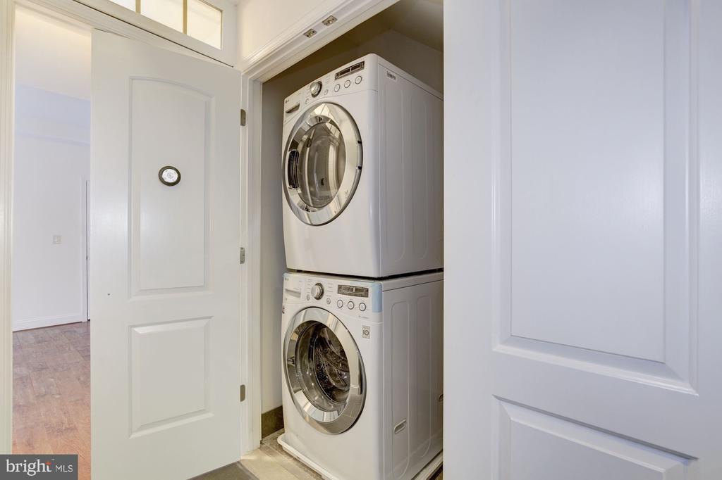Washer/Dryer in Each Residential Unit - 335 H ST NE, WASHINGTON