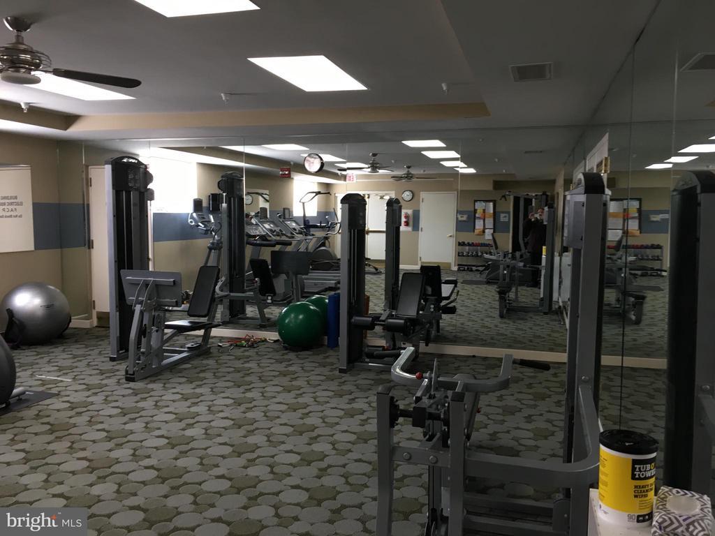 Fitness Center for residents - 35 E ALL SAINTS ST #319, FREDERICK