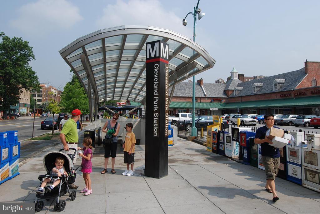 Cleveland Park Metro - 3640 39TH ST NW #D526, WASHINGTON
