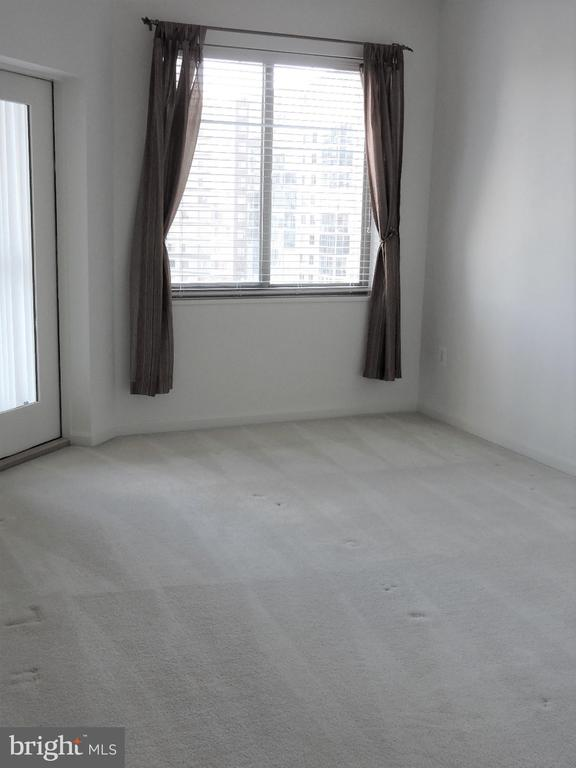 Guest Bedroom - 19365 CYPRESS RIDGE TER #416, LEESBURG