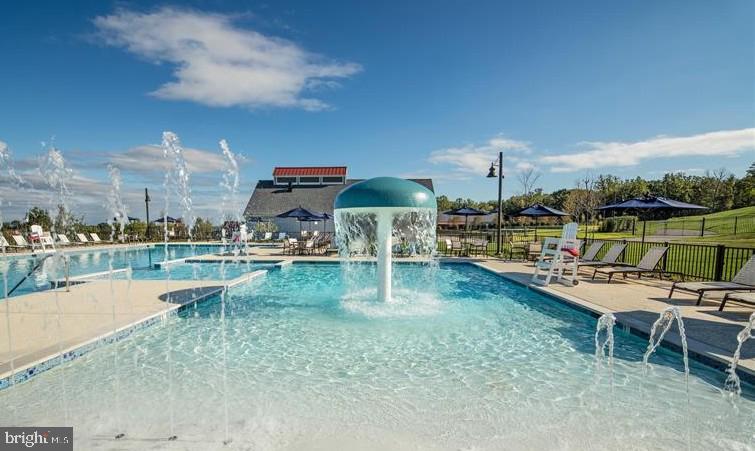 Community Pool - 17243 MISS PACKARD CT, DUMFRIES