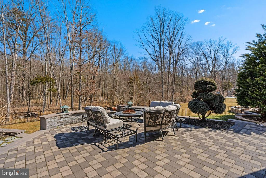 Patio in Backyard - 22522 WILDERNESS ACRES CIR, LEESBURG