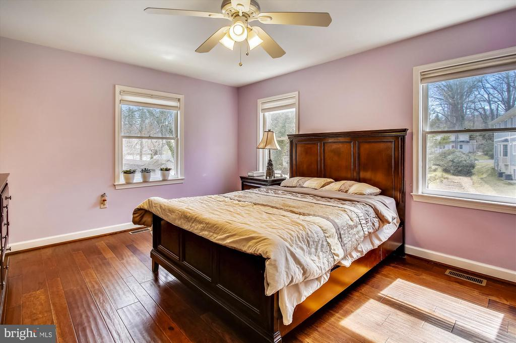 Primary Bedroom - 2129 GREENWICH ST, FALLS CHURCH