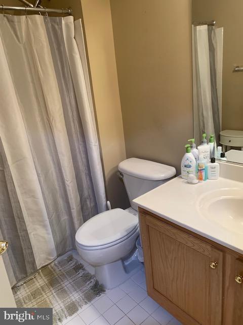 Lower level full bathroom - 19134 ROCKY CREST TER, LEESBURG
