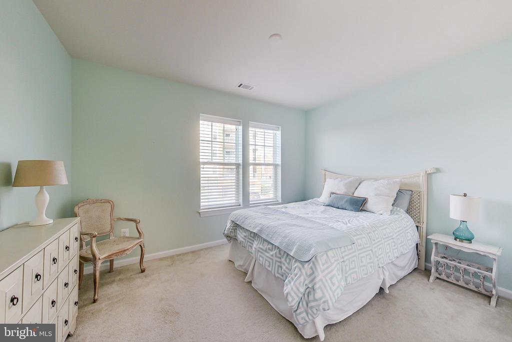Second Bedroom - 20570 HOPE SPRING TER #204, ASHBURN