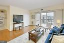 Hardwood floors and neutral paint throughout! - 8380 GREENSBORO DR #1017, MCLEAN