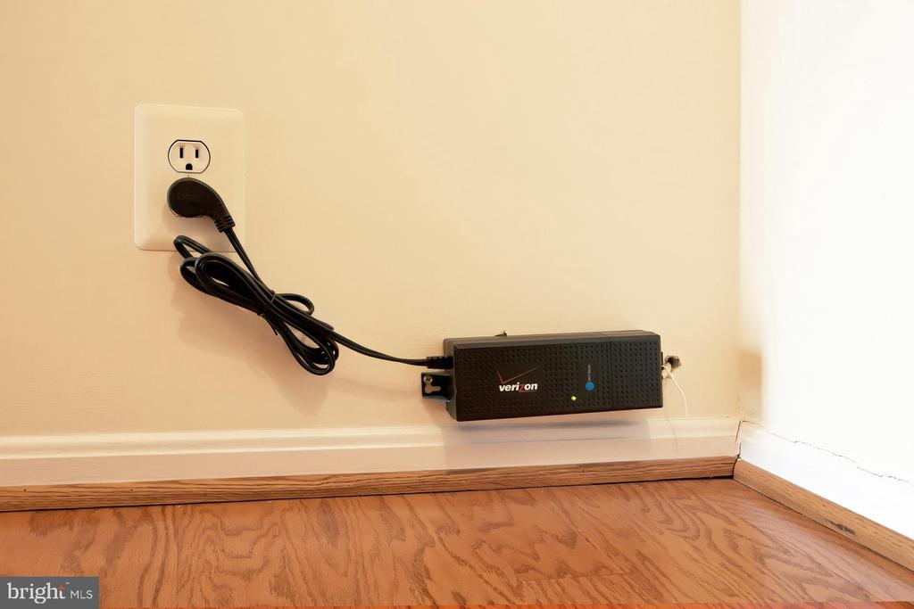 Already wired for FIOS! - 8380 GREENSBORO DR #1017, MCLEAN
