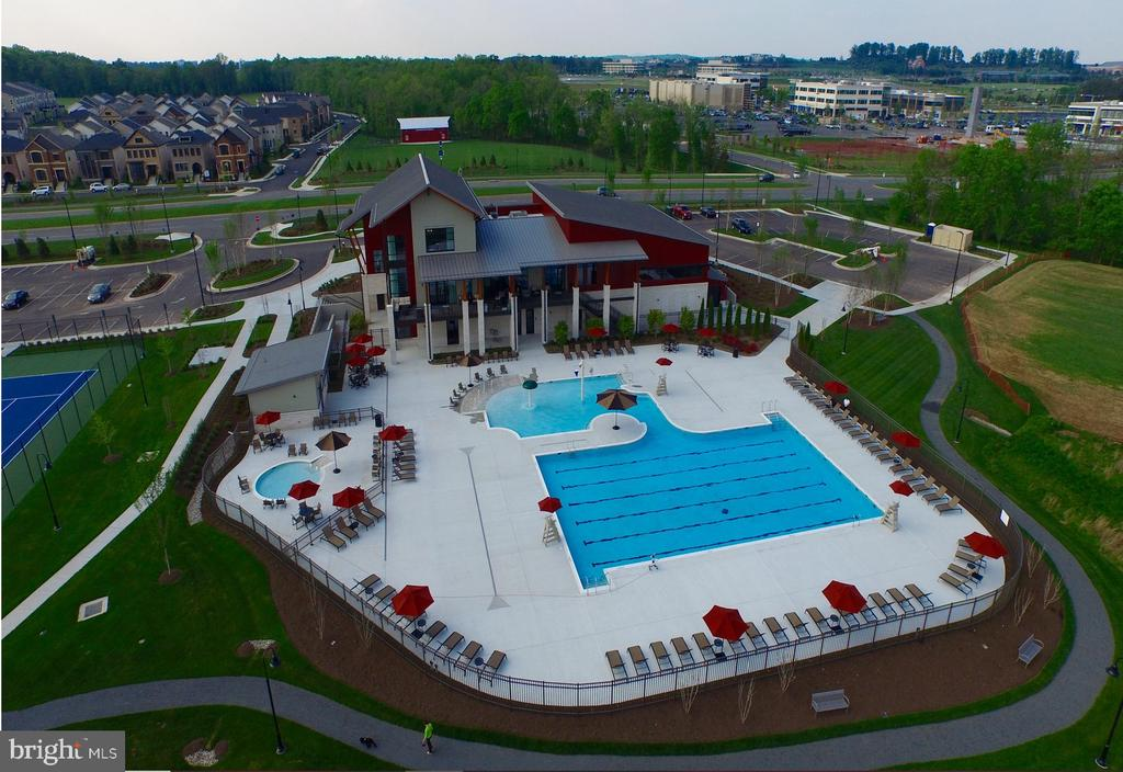 COMMUNITY AMENITIES INCLUDE POOL AND TENNIS COURTS - 20800 EXCHANGE ST, ASHBURN