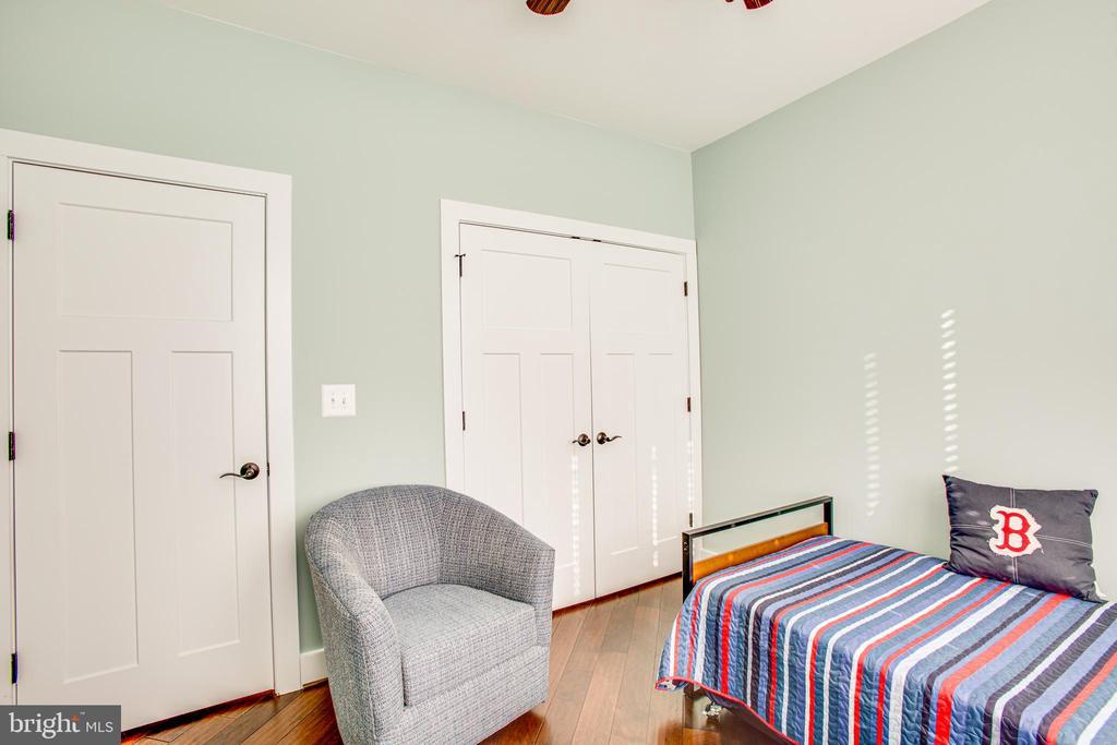 Bedroom #2 - Main level - 208 LIMESTONE LN, LOCUST GROVE
