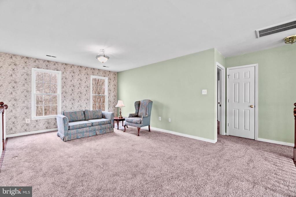 Upper level loft/bonus room - 39 BETHANY WAY, FREDERICKSBURG