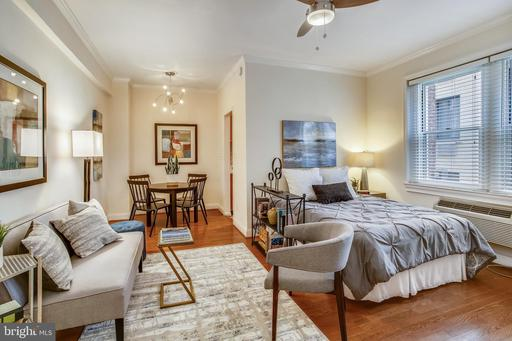 1725 NEW HAMPSHIRE AVE NW #203