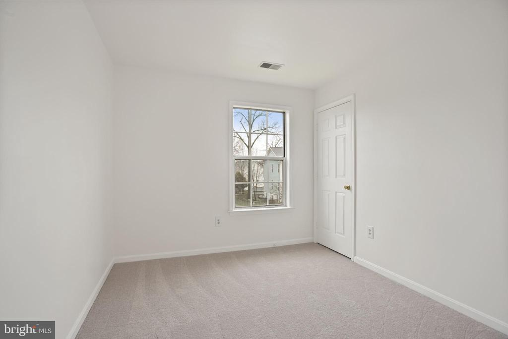 4th bedroom - 1510 MEADOW CHASE DR, HERNDON