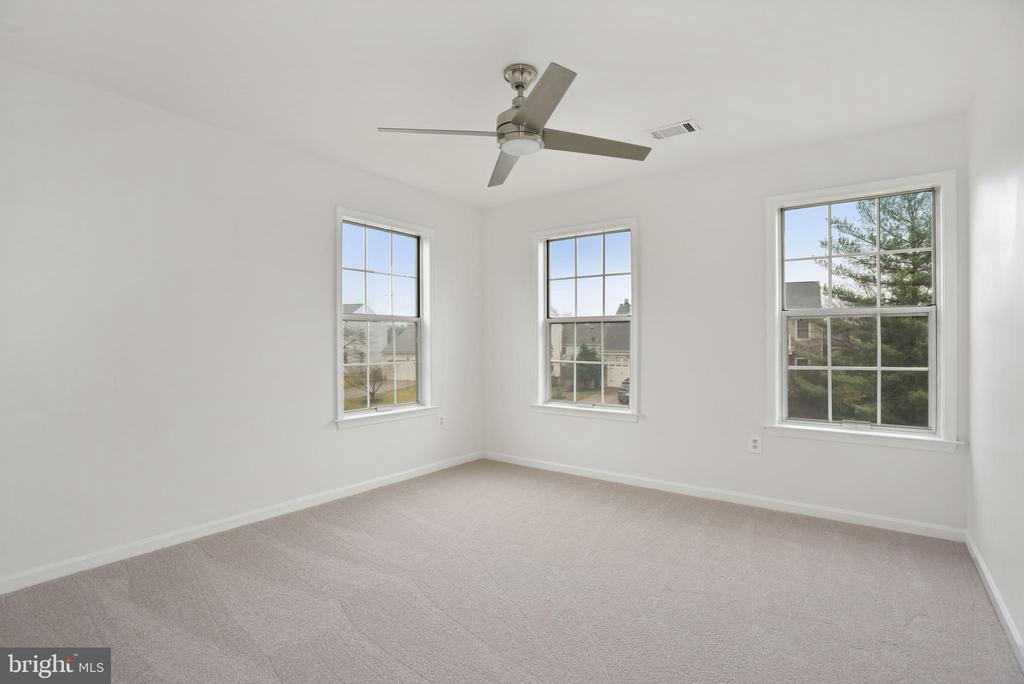 3rd bedroom - 1510 MEADOW CHASE DR, HERNDON